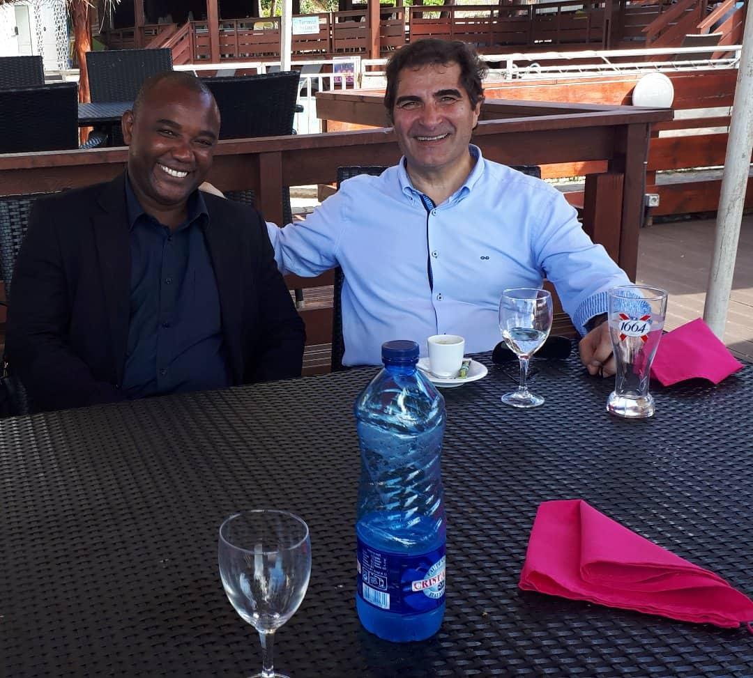 Daniel Abdou, tête de liste LR à Acoua et Christian Jacob, nouveau président de LR à Mayotte. Photo Daniel Abdou