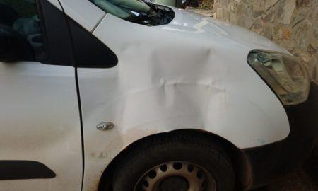 Véhicules de la Mairie Acoua vandalisés