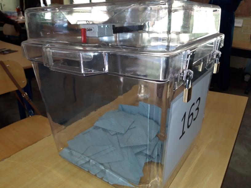 Urnes élections départementales Acoua 20 06 2021